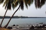 35_Nice_anchorage_on_Kona_coast_sadly_with_lots_of_vog_in_the_air